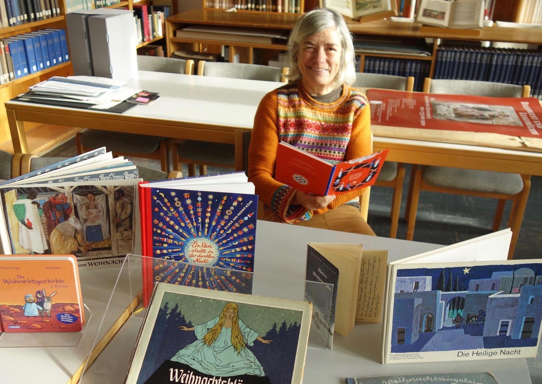 Präsentation im Gutenberg-Museum: Weihnachten wie im Bilderbuch